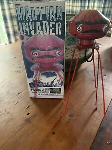 1950s STYLE TIN  SPACE MARTIAN INVADER NEW IN BOX BY SCHYLLING
