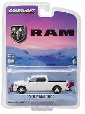 1:64 GreenLight *HOBBY EXCLUSIVE* WHITE 2015 Dodge Ram w/SNOWPLOW NIP!
