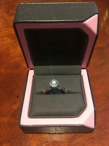 Boodles £5200 Diamond and Platinum Engagement Ring .70 carat Main Solitaire GVS1