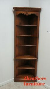 Ethan Allen Country French Corner Cabinet  Display Cabinet Shelf B