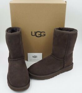 UGG Australia Women's Classic Short II Boots Chocolate Authentic Size 6, 7 NIB