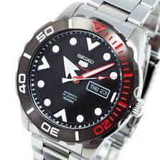 New SEIKO 5 SPORTS AUTO STAINLESS STEEL DIVERS STYLE BLACK FACE SRPA07J1