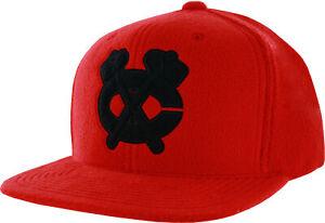 Mitchell & Ness Chicago Blackhawks Micro Fleece Adjustable Cap