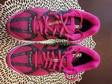 Nike structure 14 Women's Shoes Sneakers Size 8.5