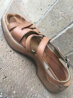 Dansko Sandals Shoes Womens US 8/ 38 Tan Leather Strappy Ankle Strap Platform