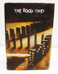 THE BOOK THIEF by MARKUS ZUSAK HCDJ