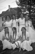 negative-Young-cute-Girl-Girls group-1940-white Dress-pigtails-Zöpfe-Kleid
