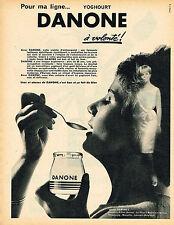 PUBLICITE ADVERTISING 035  1962  DANONE   yaourt en pot verre