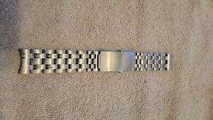 Omega Seamaster Professional 1503/825 Luxury Watch Bracelet 20mm