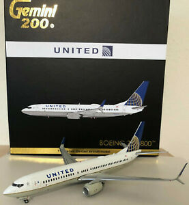 Gemini 200 United Boeing 737-800 N76529 G2UAL322 VERY RARE FIRST EDITION