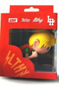 MGK Lace Up Kid Action FigureIlithy