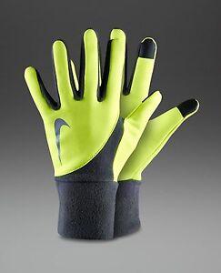 NRG 97707 MEDIUM New on card Nike Storm fit 2.0 gloves