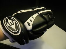 "Easton Synergy 100 ice roller hockey size 11"" Junior Md Left Hand Only"