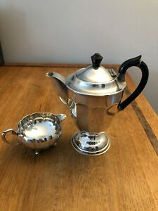 Silver Plated Milk Jug Ducal Plate Goldsmith's Company Newcastle Edwardian Style