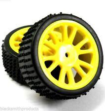 Neumáticos, llantas y bujes de color principal amarillo para vehículos de radiocontrol