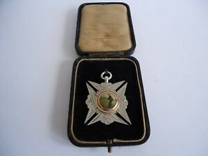 Stunning Boxed Antique Victorian Silver Golfer Golf Fob Medal 1898. 15.2g.