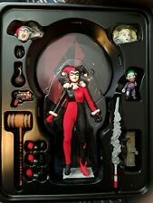 Mezco Toyz One:12 Collective Harley Quinn DC Deluxe Figure