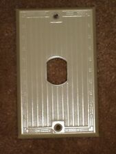 Vintage Early UNILINE BAKELITE Ribbed Single Toggle Outlet Switch Wall Plate