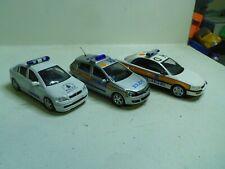 1/43 VANGUARDS SCHUCO LOT OPEL POLICE
