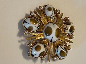 Vintage gold signed CATHE art glass brooch