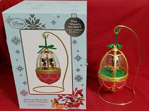 Disney Sketchbook Wind-Up Musical Mickey and Minnie Mouse Kissing Egg in Box