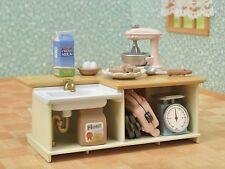 Sylvanian Families Calico Crtitters Furniture Kitchen Island & Baking Set