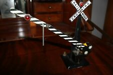 Vintage O Scale Metal Railroad Signal Crossing sign ! Tested !