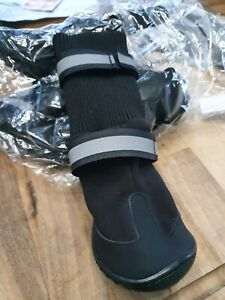 Anti Slip Rain Boots Nylon Sock Warm and protective. Great for rough ground