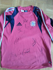 FC Bayern Trikot Gr. 164- 9 Autogramme 2007