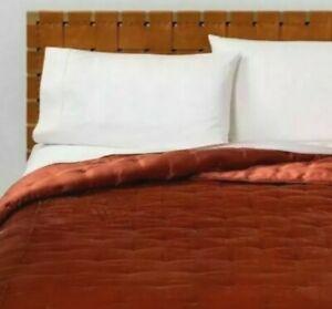 New Opalhouse Velvet Tufted Stitch Quilt - Full/Queen - Bronze