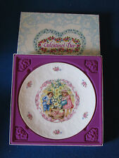 Royal Doulton Collectable Plate - Valentines Day - 1985 - In Original Box