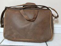 Iberia Airlines Iberian Flight Vintage Messenger Shoulder Bag Brown Amenity Kit