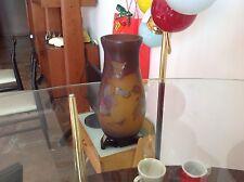 Coppia di vasi  tipo Gallè - Vetro