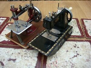 Antique Old Vintage hand Crank Toy Child   Sewing Machine For restoration