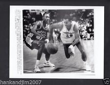 Dell Curry 1989 Hornets Vintage 7x9 Glossy A/P Wire Photo with caption