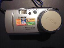 Sony Cyber-shot camera DSC-P30 1.3 mega pixels for spares or repair.