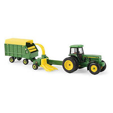 NEW John Deere 4960 Tractor w/Forage Harvester & Wagon, 1/64, Ages 3+ (LP67313)