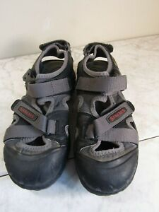 Simms Fishing Products Strappy Water/Hiking Gray/Black Shoes Youth 5 EU 37