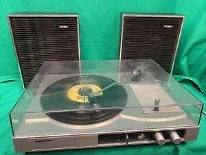 Tourne-disque vintage -Schneider TR 3502/19 15 watts 45/33 tours