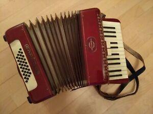Akkordeon Ziehharmonika von CANTULIA (z99)