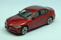 Coche Auto Escala 1:43 Burago Alfa Romeo Giulia miniaturas diecast