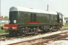 PHOTO  V2 CLASS 20 NO D8001 (LATER NO 20 001) IN ORIGINAL BR GREEN LIVERY WITHOU
