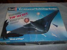Revell Stealth Bomber B-2 Advanced Technology 1:72 Top Secret USAF 4577