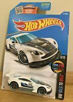 Hot Wheels - Aston Martin Vantage GT3 HW Mild to Wild 6/10 Long Card White