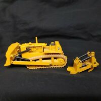 Caterpillar Dozer W/ Ripper & Draw-bar 1:50 Scale Conrad Die-Cast