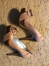 GUESS LEATHER PEEP TOE HEELS...SIZE 8