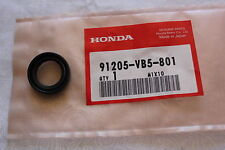 HONDA HRA216 LAWNMOWER TRANSMISSION CASE OIL SEAL GENUINE OEM