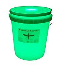 MOSQUITO  TRAP -  Catches / Contains / Kills - No Pesticides / Portable