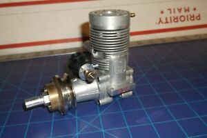 -H B- .61 PDP R/C   MODEL BOAT INBOARD  ENGINE. (V.NICE) CONDITION (PERRY CARB.)