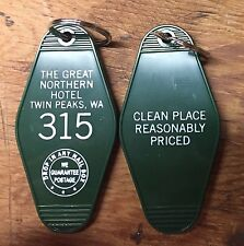 """TWIN PEAKS Inspired """"Great Nothern Hotel"""" keychain (White lettering)"""